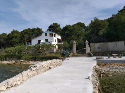 Dům Dany, Ždrelac, přímo u moře
