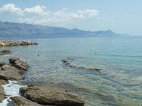 naproti Makarska