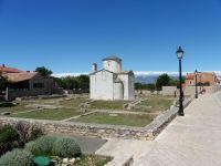 """Kostel Sv. Kříže z 9. století  """"NIN"""""""