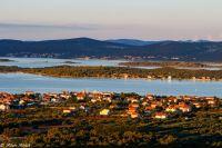 Turnaj, otok Babac i Pašman jak na dlani