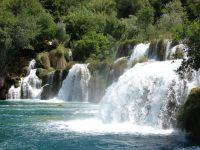 Nádherné vodopády na řece Krka.