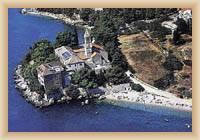Bol - Dominikánský klášter