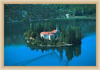 NP Krka - ostrůvek s Františkánským klášterem
