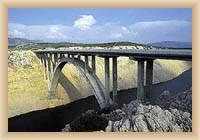 Most v Maslenici