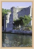 Zbytky antického paláce v Polace