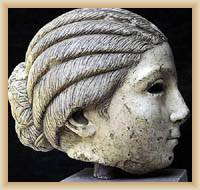 Solin - hlava sochy dívky Salome