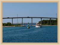 Most mezi ostrovy Pašman a Ugljan