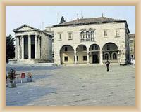 Pula - Forum, informační centrum